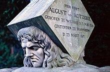 Kotzebues Grabstein auf dem Mannheimer Hauptfriedhof (Quelle: Wikimedia)