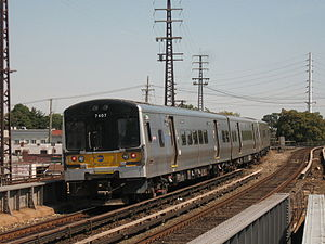 LIRR Train 108 leaves Lynbrook.jpg