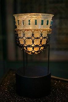 La diatreta Trivulzio di epoca romana del IV secolo d.C., conservata a Milano