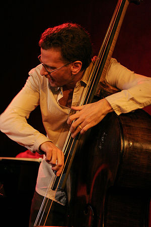 Larry Grenadier at Jazz Standards with Fly, Ap...