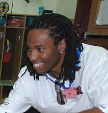 Description de l'image Larry Fitzgerald 060621-F-0782R-007 0T3TE crop.jpg.