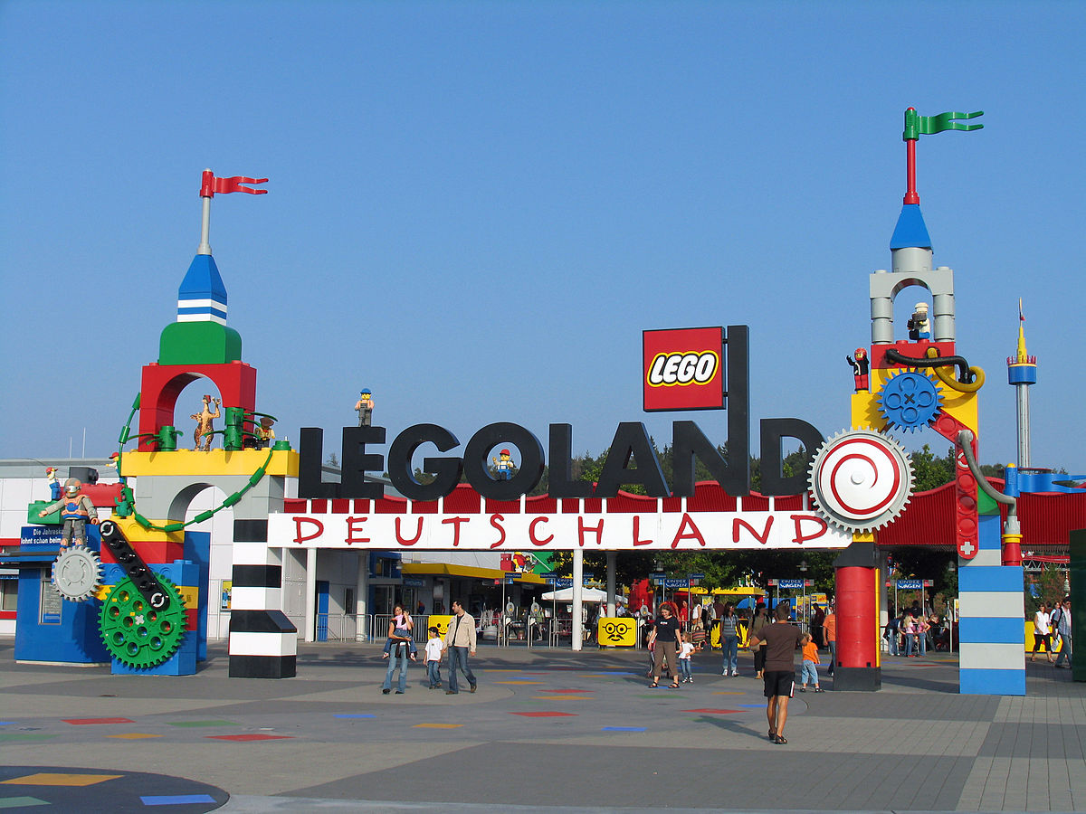 legoland wikipedia. Black Bedroom Furniture Sets. Home Design Ideas