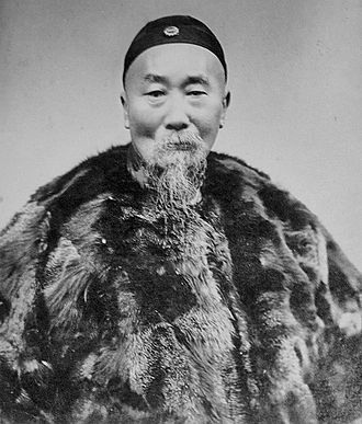 Li Hongzhang - Photographic portrait of Li Hongzhang by Baoji Studio, Shanghai. Date unknown.