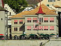 Limmatquai - Zunfthaus zur Zimmerleuten - Wühre 2012-09-17 17-21-57 (P7000) ShiftN.jpg