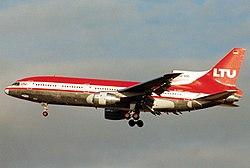 Lockheed L-1011-385-3 TriStar 500, LTU - Lufttransport-Unternehmen AN0213084.jpg