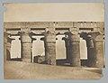 Louqsor, grande colonnade du palais MET DP-388-042.jpg