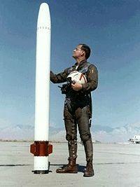 Lt Ayers and prototype AIM-95 1970.jpg