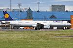 Lufthansa, D-AIDK, Airbus A321-231 (18426913100).jpg