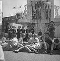 Lunchconcert van het Leger des Heils op Nationaal Monument op de Dam, Bestanddeelnr 916-6389.jpg