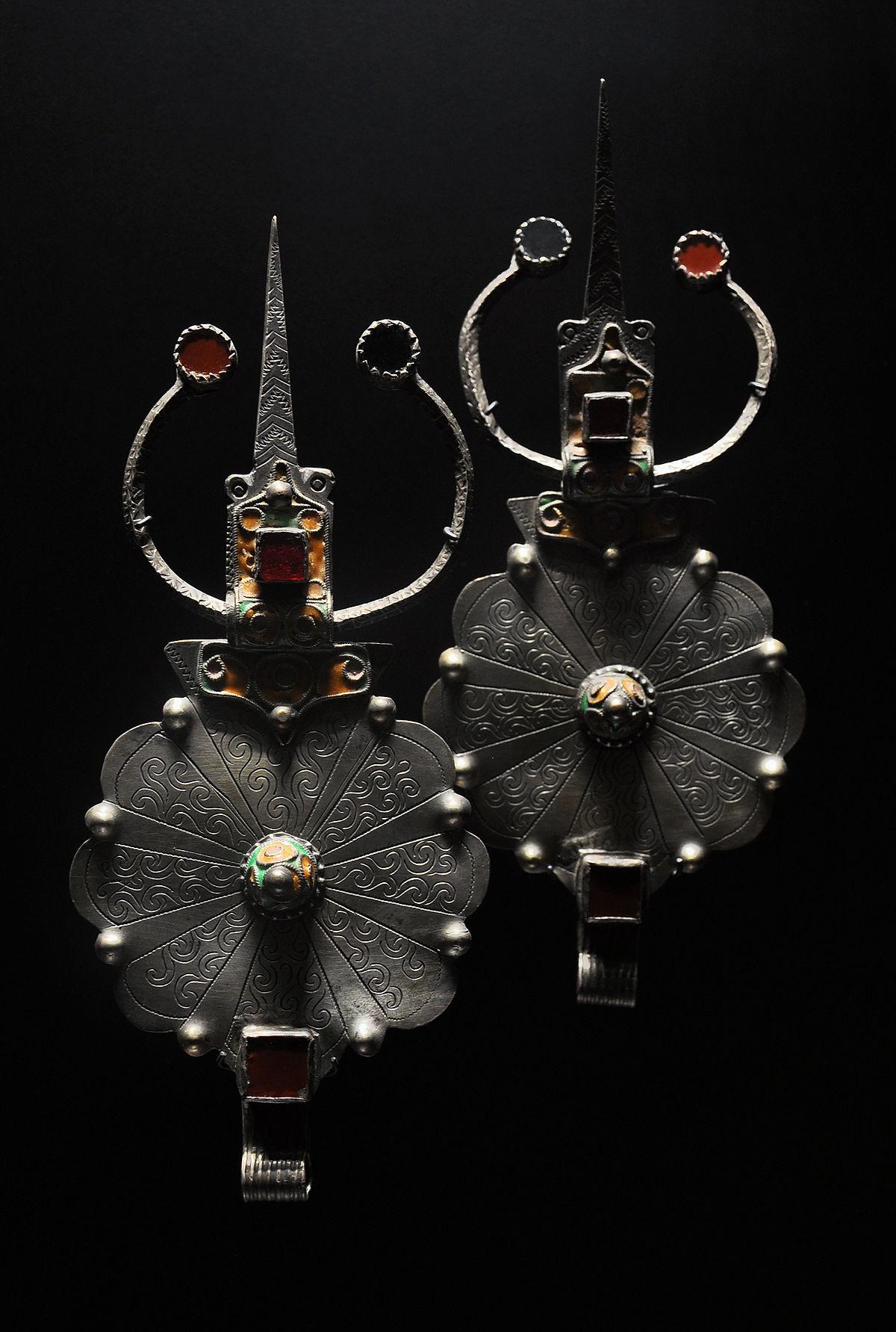 broche bijoux