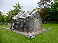 Macquarie Mausoleum, Gruline (geograph 4532349).jpg