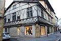 Maison pans bois 25 rue Chanteloup Charlieu 2.jpg