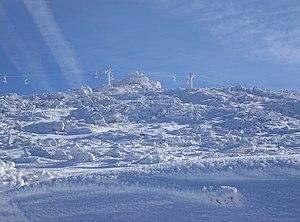 Malak Rezen - Malak Rezen Peak traversed by the Romanski chair lift.