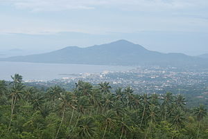 Manado - Manado and its bay taken from Tinoor village