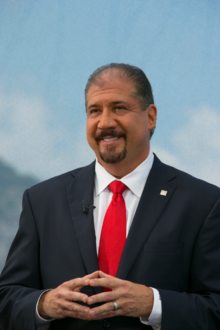 Mark Weinberger at the EY World Entrepreneur of the Year 2016.png