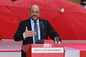 Schulz durante un comizio per la campagna elettorale del 2017