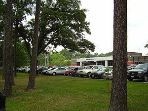 Memorial High School (Hedwig Village, Texas) - Memorial High School