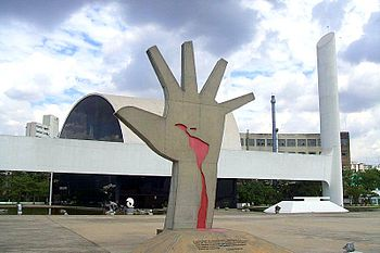 English: Hand, sculpture by Oscar Niemeyer in ...
