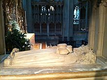 Memorial to Osric, Prince of Mercia, in Gloucester Cathedral 02.JPG