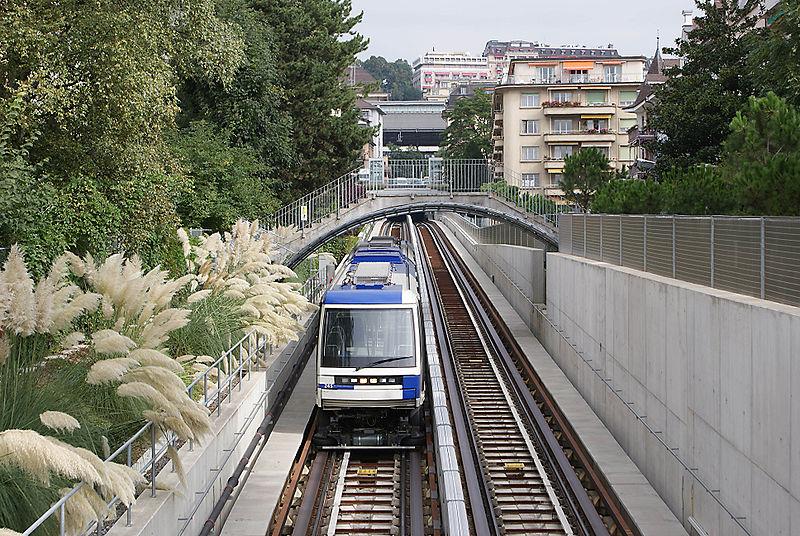 Plik:Metro M2 Lausanne.jpg