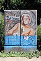Milano, piazza cadorna, graffito walk here to receive your future.jpg