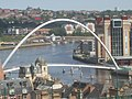 Millennium Bridge (geograph 2639609).jpg