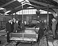 Minister Van Aartsen opent nieuwe fabriek aan Hemweg, Bestanddeelnr 913-4023.jpg