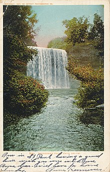 Minnehaha Falls from below, 1905 post card.jpg