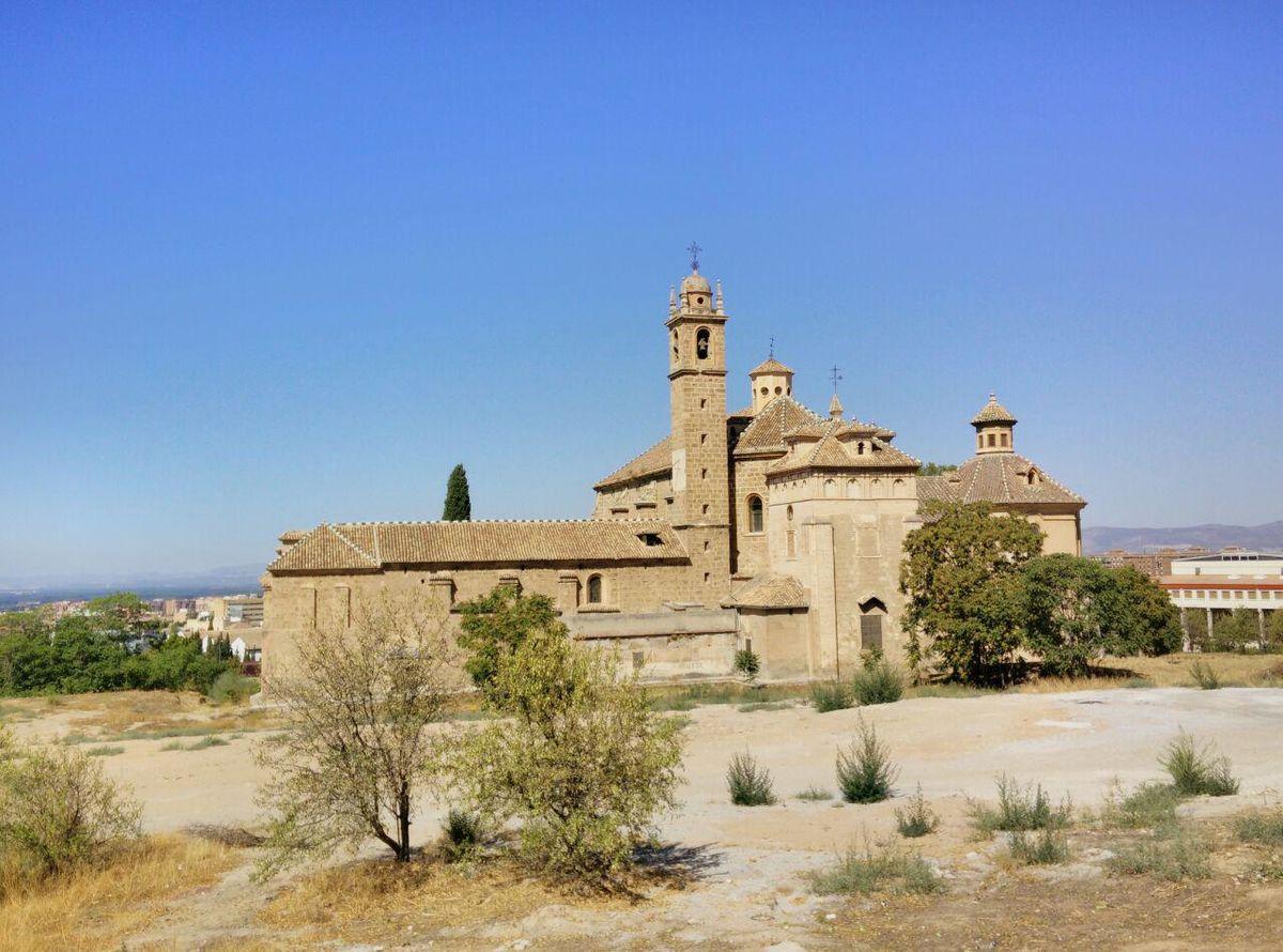 Monasterio de la Cartuja vista posterior1.jpg