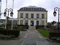 Montfermeil Hotel de Ville.jpg