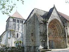 Moutier-d'Ahun - Abbaye - Ensemble.JPG