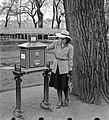 Női portré postaládával, 1943. Fortepan 5086.jpg