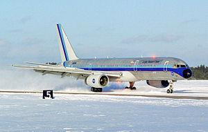 NASA Aries 757 runway friction test EL-2000-00070 spray.jpeg
