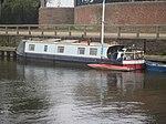 Narrowboat (2434872178).jpg