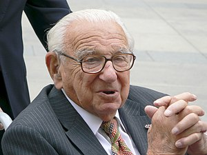 Nicholas Winton - Winton in Prague on 10 October 2007