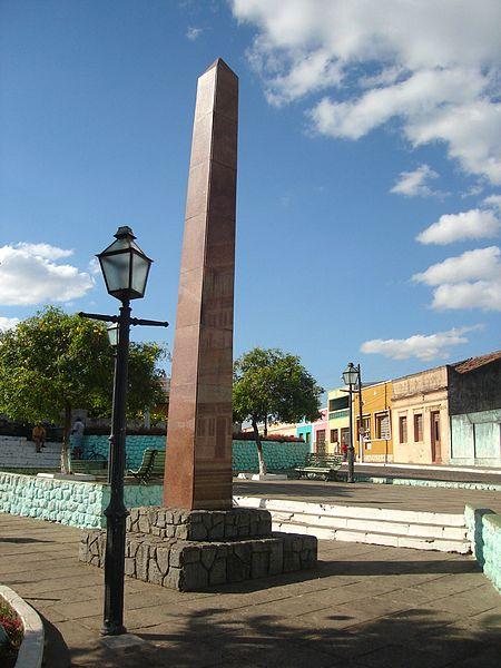 Ficheiro:Obelisco de Areia, Paraíba.jpg