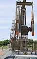 Obenour 2 oil well - head on - Evanson Place - Arnegard North Dakota - 2013-07-04 (9290096962).jpg