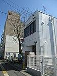 Okayama Higashiyama post office - panoramio.jpg
