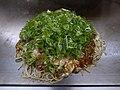 Okonomiyaki in Hiroshima style (5808057511).jpg