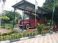 Old fire engine.jpg