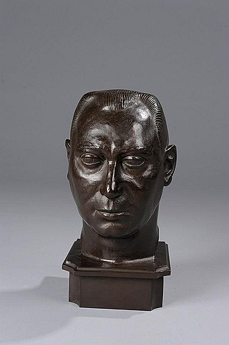 Olof Aschberg - Bank director Olof Aschberg, brown patronized bronze bust created by Carl Fagerberg in 1925.