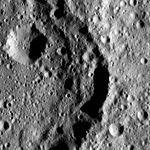 PIA20567-Ceres-DwarfPlanet-Dawn-4thMapOrbit-LAMO-image72-posted20160421.jpg