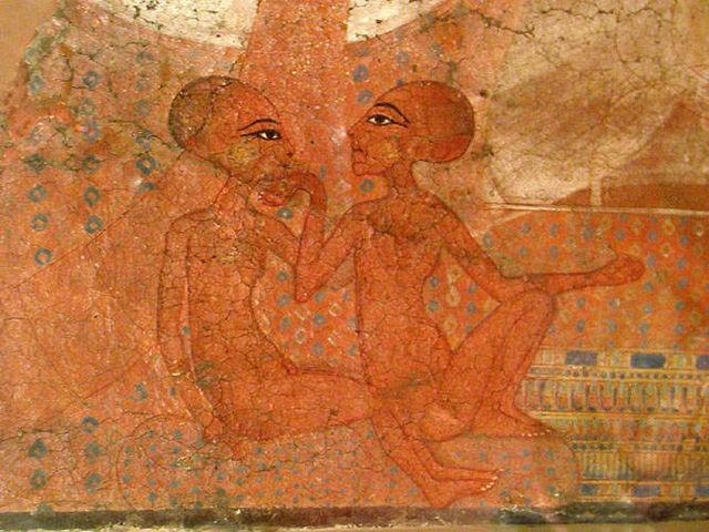 Изображение дочерей Эхнатона на стене Ахетатонского дворца