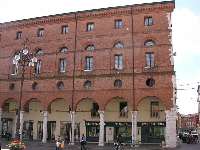 File palazzo roverella esterno da piazza vittorio - Pilozzo da esterno ...
