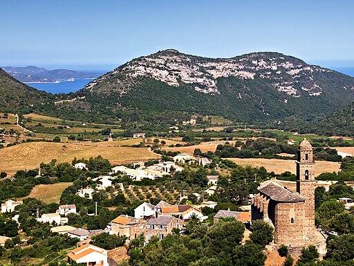 Patrimonio village