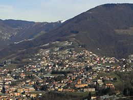 Vista di Peia dal monte Beio
