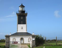 Phare-de-Pen-Men.jpg