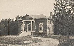 Standish, Maine - Image: Pierce Memorial Library, Steep Falls, ME