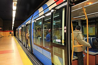 Metro Ligero - Image: Pinar de Chamartín, line ML1