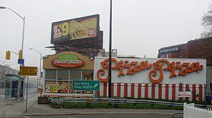 Pizza Pizza - Image: Pizza Pizza at DVP Onramp